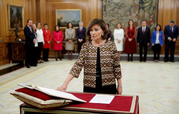 Carmen Calvo jura su cargo
