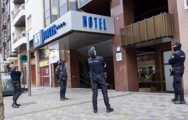 La Policía, en el hotel donde ha aparecido una niña de 5 años muerta