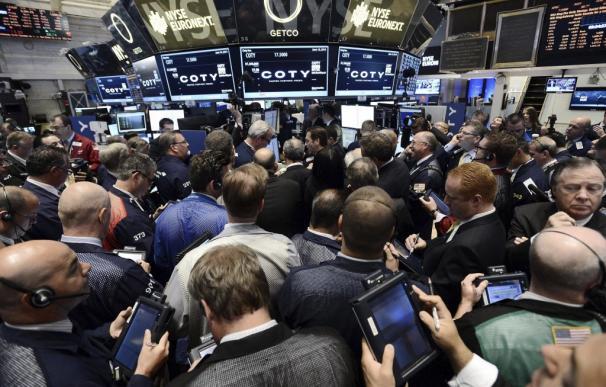 El euro boicotea la fiesta de Wall Street: Así te afecta la subida como inversor