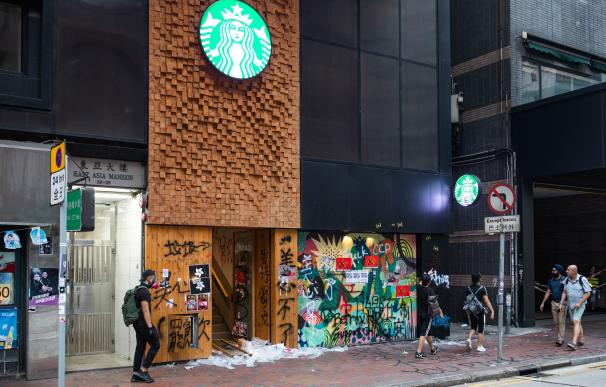 Starbucks China coronavirus