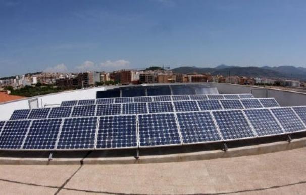 Paneles solares en un parque fotovoltaico.