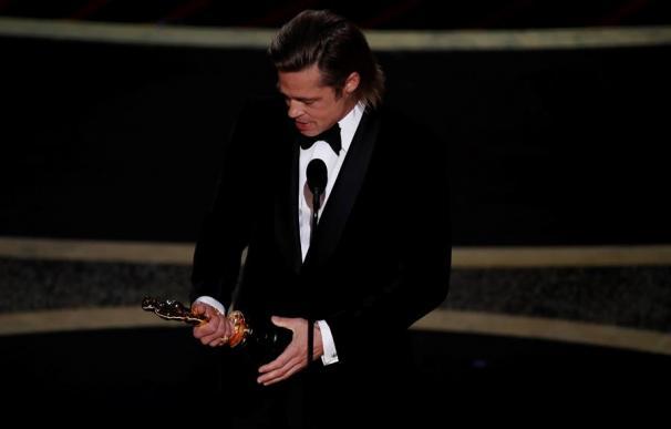 Brad Pitt gana el oscar a actor secundario