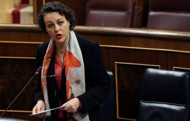 Magdalena Valerio, Congreso de los Diputados, Ministra de Trabajo