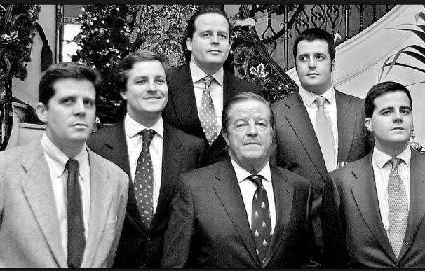 Fernando Primo de Rivera y Oriol,Pelayo Primo de Rivera y Oriol; Miguel Primo de Rivera y Oriol; Miguel Primo de Rivera y Urquijo, Bosco Primo de Rivera.