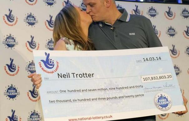 Fotografía de Neil Trotter, ganador del Euromillones en 204.
