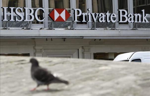 El juez estrecha el cerco al Santander por el blanqueo de clientes en HSBC Ginebra