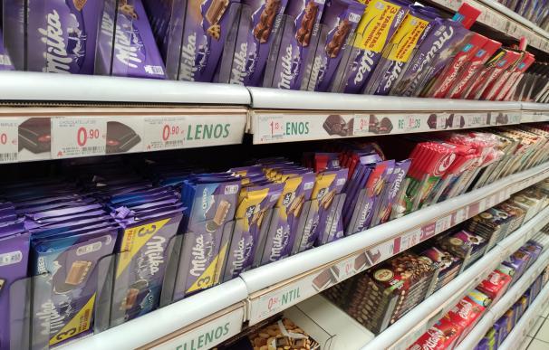 Chocolates Milka en el lineal de Alcampo
