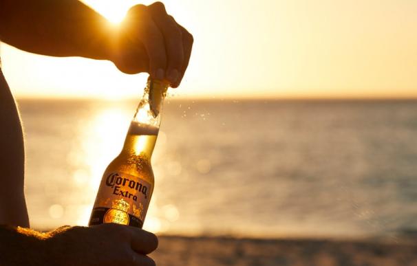 Botella de cerveza 'Corona'