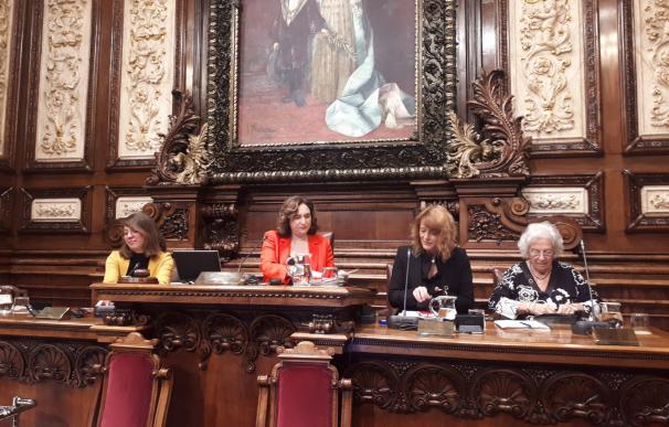 La Síndica de Barcelona, Maria Assumpció Vilà, presenta el informe anual en el pleno municipal
