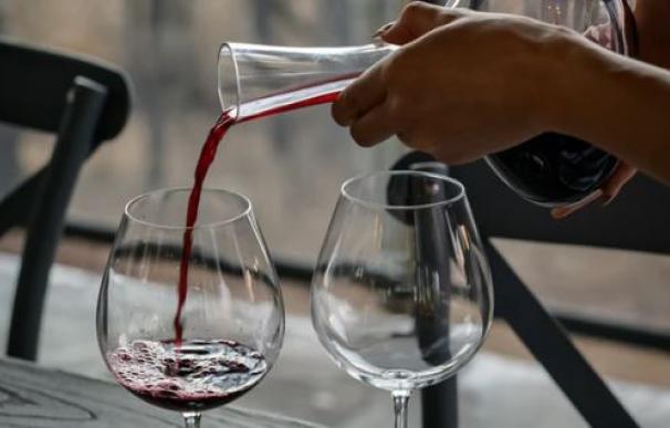 Fotografía de archivo: copa de vino