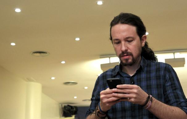 Iglesias y sus cuatro ministros se unen al teléfono móvil 'antiescuchas' del CNI