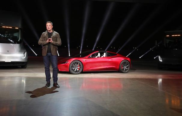 Musk, ¿el hombre más rico del mundo? El 'cohete' de Tesla supera en valor al de Space X. /EFE