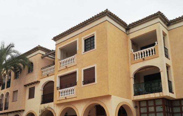 Inmueble puesto a la venta por Grupo Cooperativo Cajamar y Haya Real Estate en los Alcázares (Murcia)