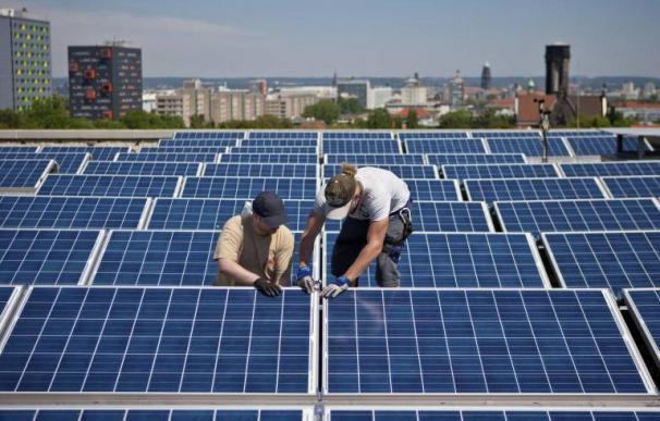Panales solares / EFE