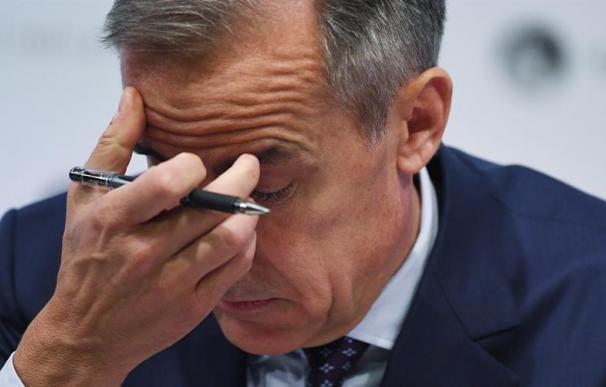 El gobernador del Banco de Inglaterra, Mark Carney, ofrece una rueda de prensa en las oficinas del Banco de Inglaterra en Londres, Reino Unido, hoy, 2 de agosto de 2018. El Banco subió hoy los tipos de interés del 0,5 % al 0,75 %, el nivel más alto desde