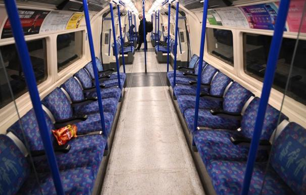 Metro Londres vacío coronavirus