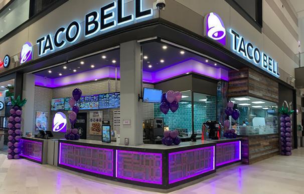 Los Mora-Figueroa se lanzan al mercado luso con locales de Taco-Bell