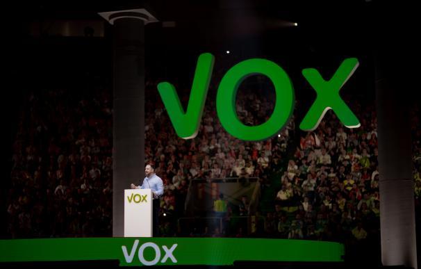 Vox arma un equipo económico con un quinteto para torpedear la 'era Calviño'