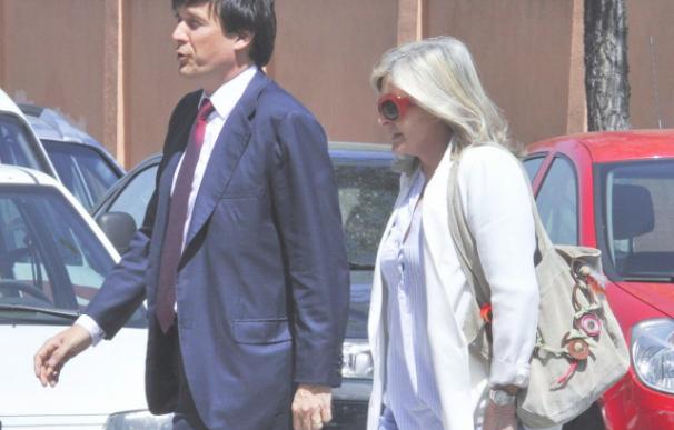 Manuel Falcó y su madre Jeanine Girod.