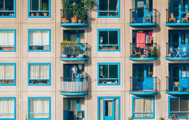 Fotografía de un edificio en alquiler.