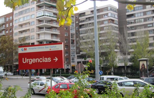 Vuelven a convocar un encierro de 24 horas en el Hospital Clínico de Madrid para protestar por los recortes