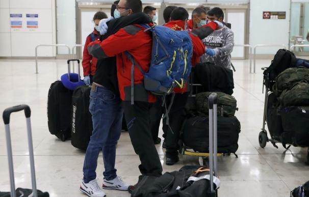 Los últimos ocupantes de las bases antárticas regresan a España