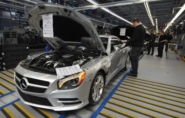 Daimler es la primera multinacional no financiera en lanzar bonos en China