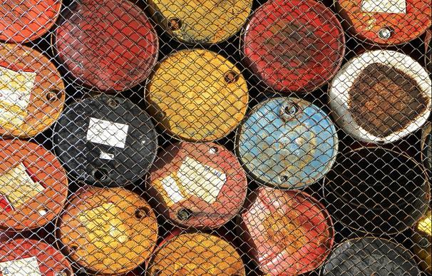 El consumo de barriles de petróleo superará los 100 millones