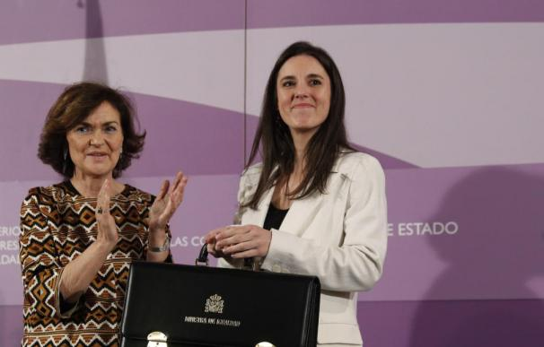 Carmen Calvo e Irene Montero