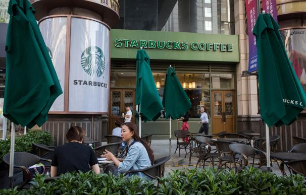 Starbucks libra una batalla en China por dominar el mercado del café