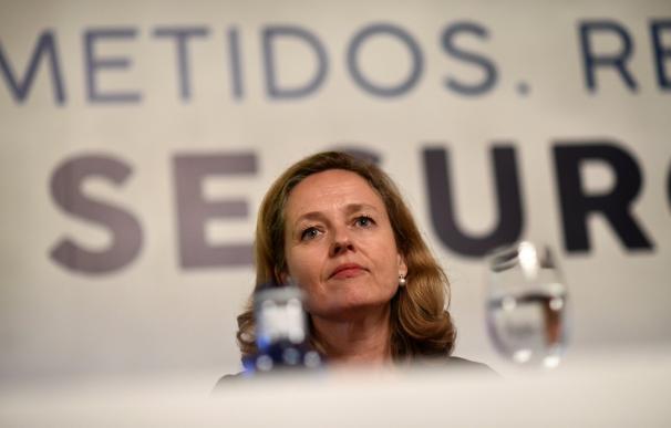 Calviño juega la baza de la UE para esquivar un descalabro como el de Zapatero en 2009