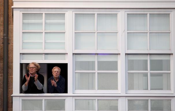 Coronavirus España ancianos balcones