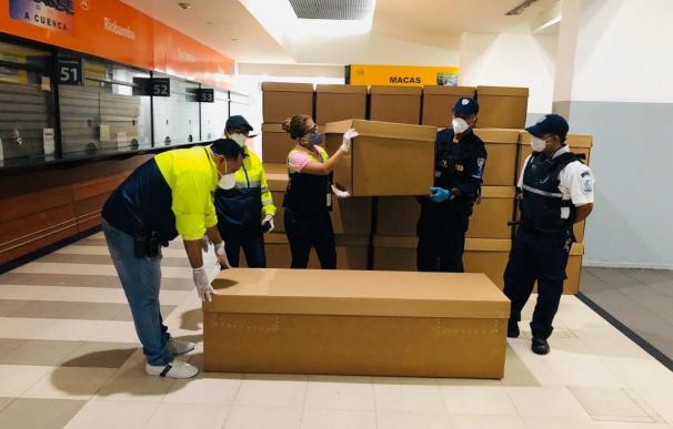 Crisis en Guayaquil por los cadáveres del Covid-19. / EFE