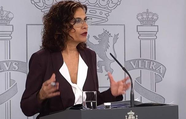 María Jesús Montero, explicándose / EFE