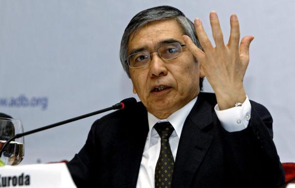 Kuroda supera el primer trámite parlamentario para liderar el Banco de Japón