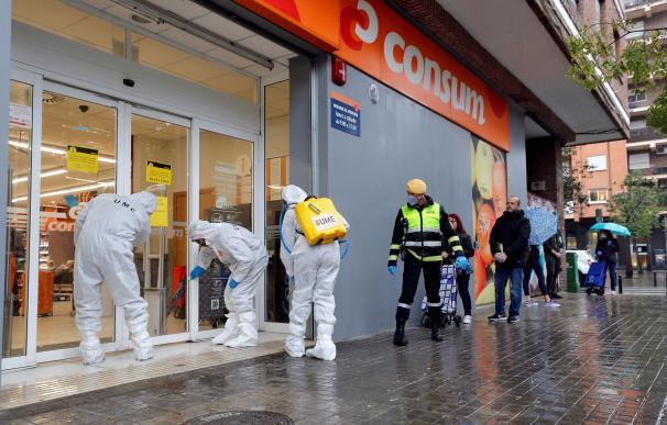 Los supermercados 'mutan' en tiempo récord para vencer al coronavirus