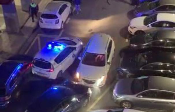 Detenido tras embestir su coche contra varios vehículos de la Policía en Rentería