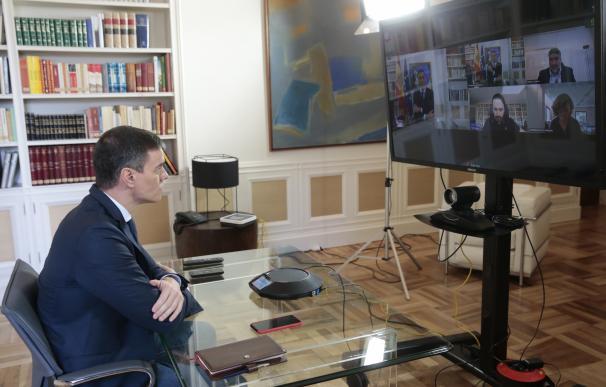 El presidente del Gobierno, Pedro Sánchez, preside por videoconferencia la reunión interministerial para el seguimiento de medidas por el coronavirus, en la Moncloa, en Madrid (España), a 13 de marzo de 2020.
