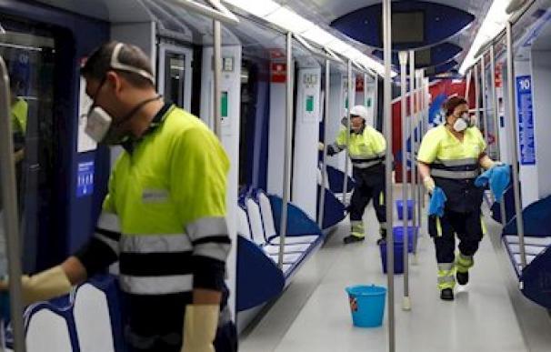 Fotografía servicio limpieza metro / EP