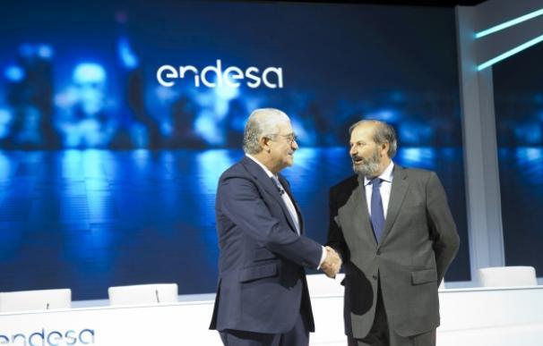 El consejero delegado de Endesa, José Bogas (izquierda), junto al presidente Juan Sánchez Calero.