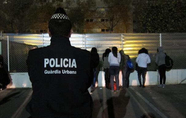Entidad de apoyo a prostitutas critica al Ayuntamiento de Barcelona por seguir persiguiéndolas