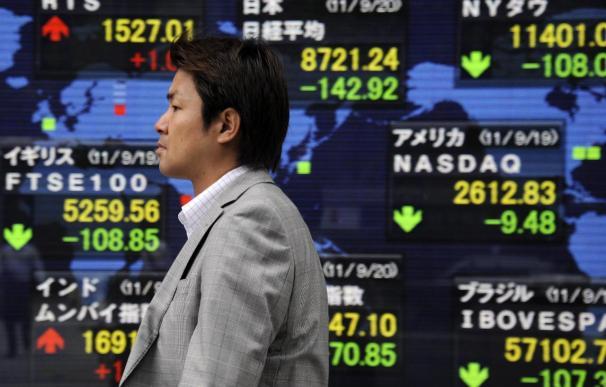 El Nikkei pierde fuelle por los malos datos de EEUU