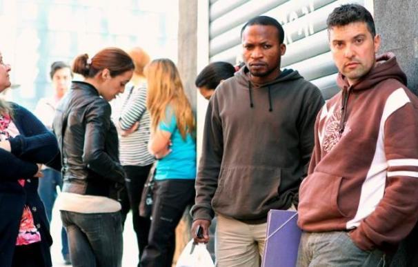 La recuperación del empleo entre los extranjeros marca un nuevo hito en marzo.