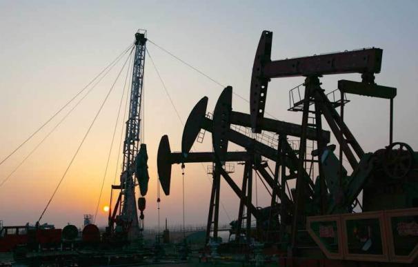 Fotografía petróleo Brent