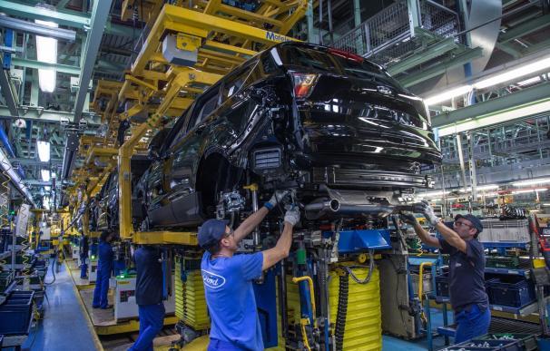 Déficit comercial, empleado, empresa, trabajador, coche, fábrica de coches