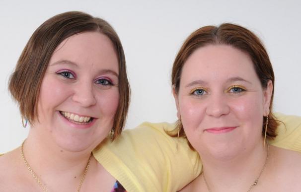 Katy y Emma Davis, enfermeras fallecidas en UK