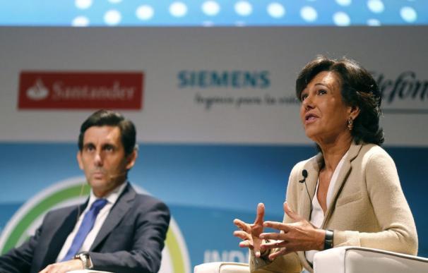 José María Álvarez Pallete, presidente de Telefónica y Ana Botín, presidenta del Santander EFE
