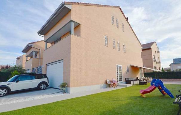 La vivienda ideal de los españoles es un chalet de 3 habitaciones a las afueras