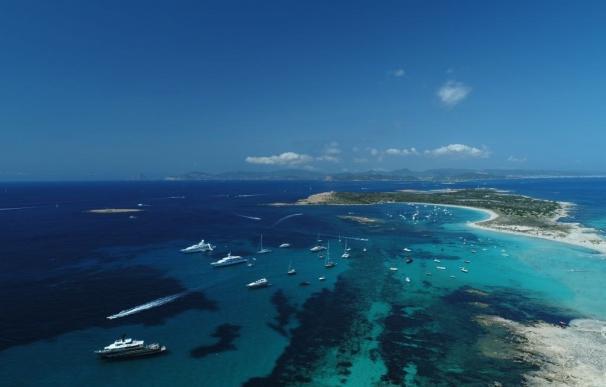 Vista aérea de aguas de Formentera