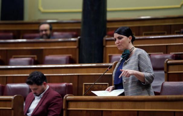 Macarena Olona en la sesión de control al Gobierno